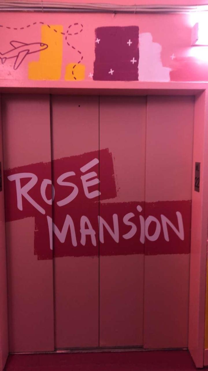 Rose Wine Mansion